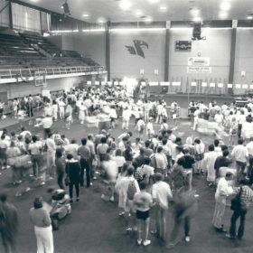 Registration in the War Memorial Gym, 1986.