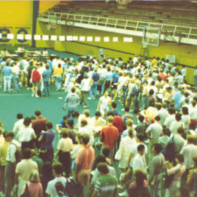 Registration Week at War Memorial Gym, 1986